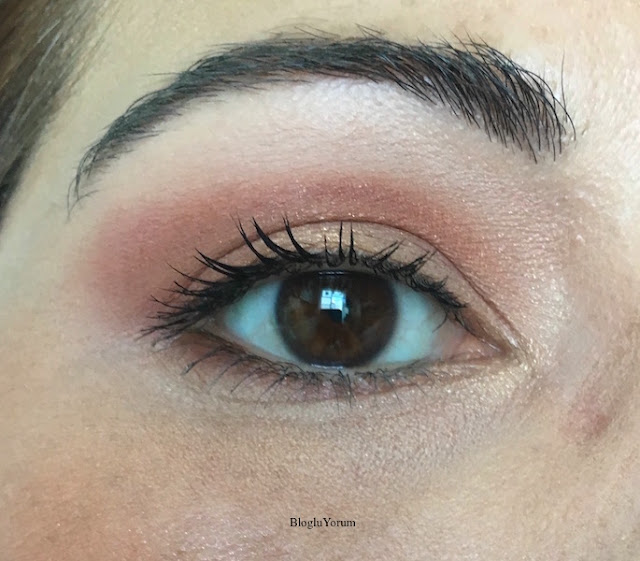 wet n wild photo focus concealer kapatıcı e840b light ivory swatch4