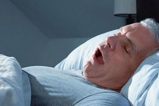 ngừng thở khi ngủ