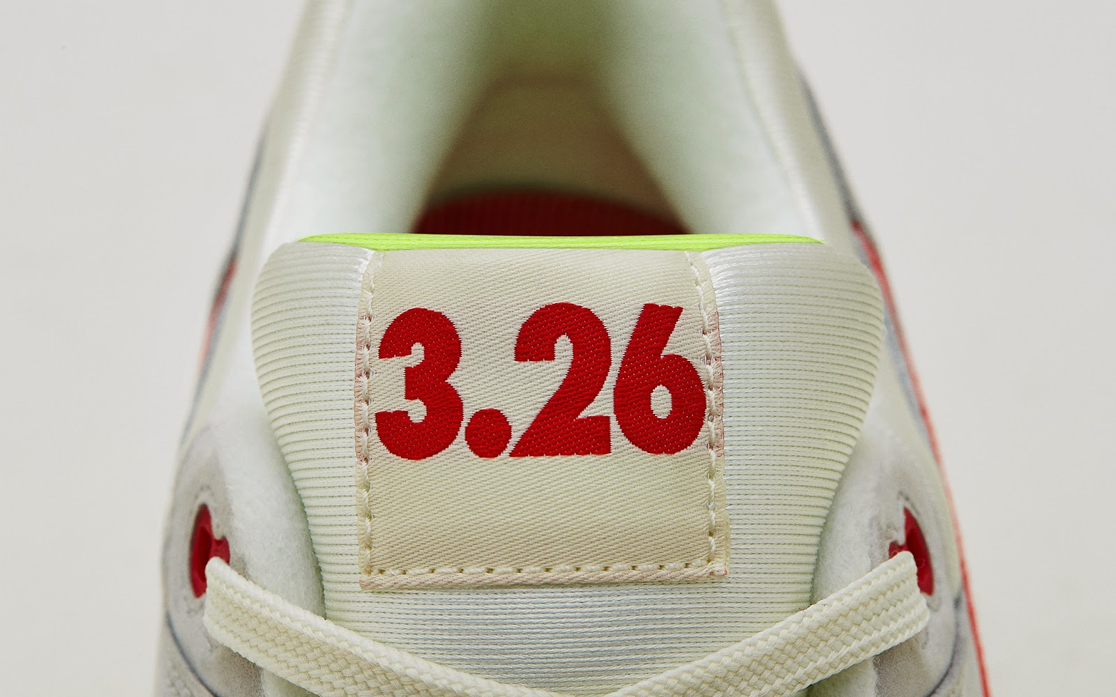 online retailer 84808 b583d March 26, 1987 marked the release of the Air Max 1 and with it, a  revolution began. In the form of a literal window to the sole, the  invisible became ...