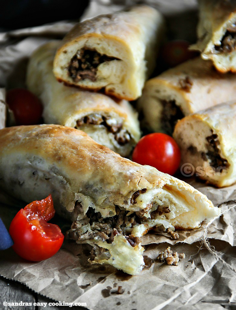 Delicious and homemade recipes for Meat Roll Sticks or Stuffed bread