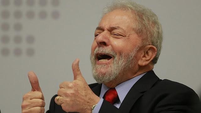 """O fim do """"Mito da esquerda"""" que domina a política brasileira há 30 anos"""