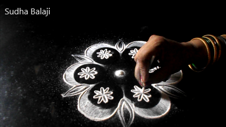 simple-rangoli-designs-for-Diwali-1251ad.jpg