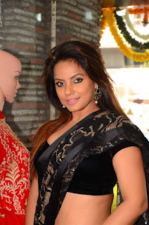Neetu Chandra in Black Saree at Designer Sandhya Singh Store Launch Mumbai (61).jpg