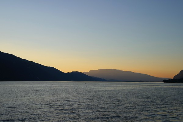 savoie lac bourget coucher soleil