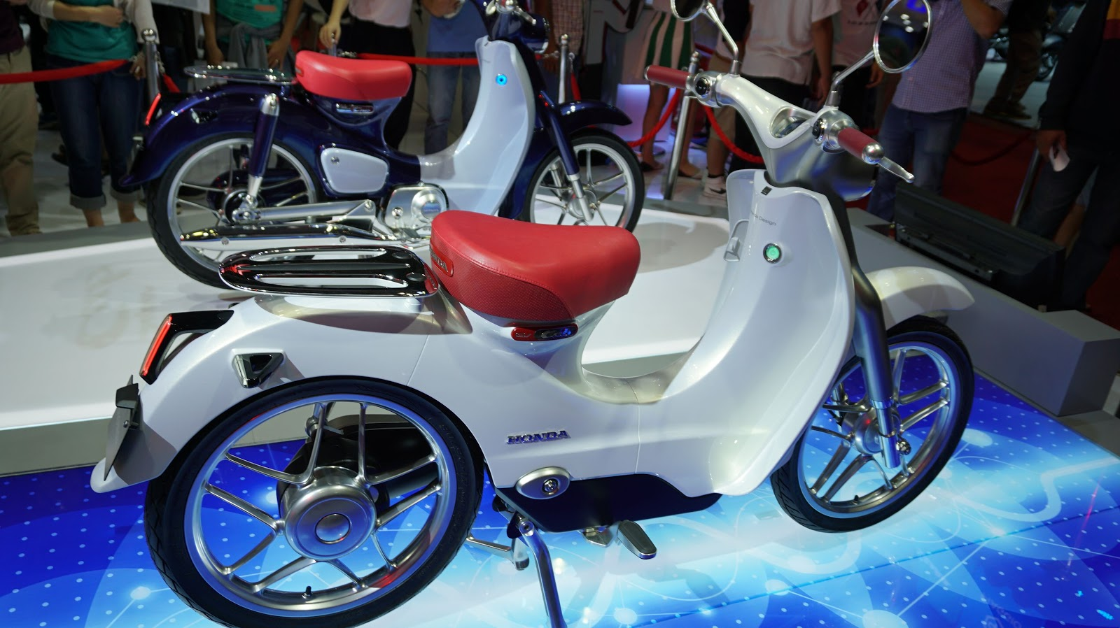 Honda EV Cub sẽ sử dụng động cơ điện, nhẹ và yếu hơn Super Cub