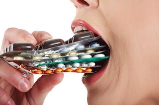 Sudah dapat dipastikan jikalau seseorang mengkonsumsi obat sebab ingin sembuh dari suatu pe Mewaspadai dampak jelek obat