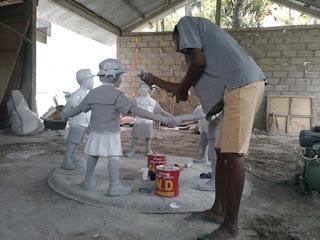pembuatan patung anak