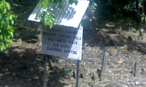 Situs Makam Megalitik Sumpang Ralla, Tanete Riaja