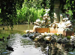 Boer War Fountain Duck Pond