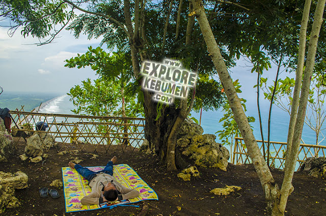 Bukit Uhud/Hud Karangbolong Kebumen