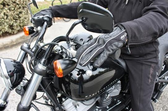 Tips Mengendarai Motor Kopling Manual Bagi Pemula