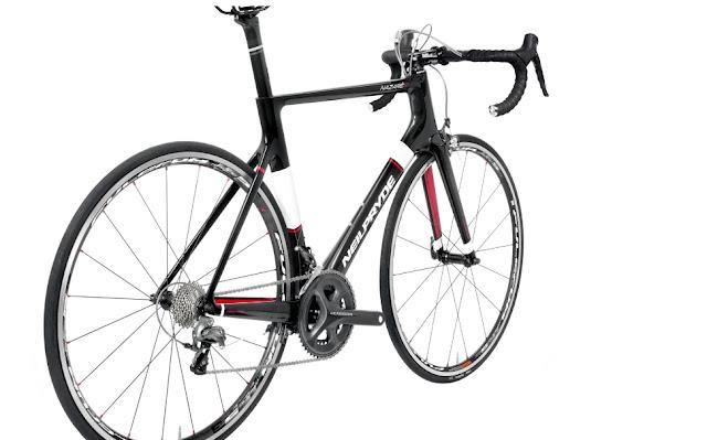 Neilpryde NAZARE2, una bici de las más compensadas del mercado