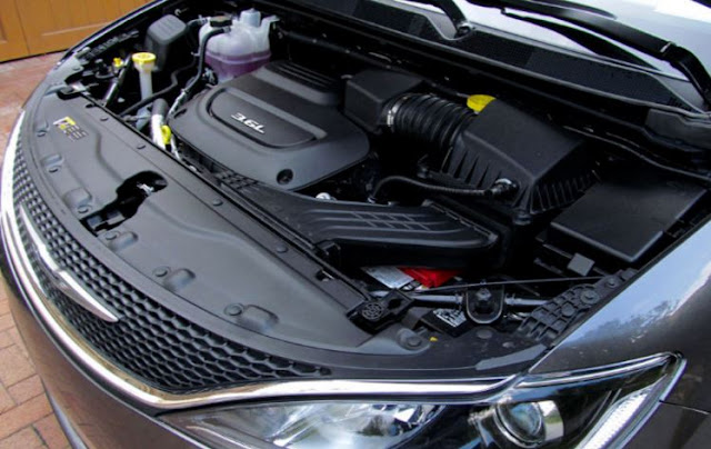 2018 Chrysler Pacifica Engine