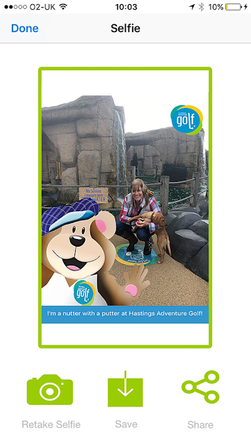 Taking a selfie with the mini golf app