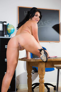 Ashley-Downs-%26-Emma-Leigh-%3A-Big-Tits-In-History-Part-3-%23%23-BRAZZERS-o6vv8gbe6k.jpg