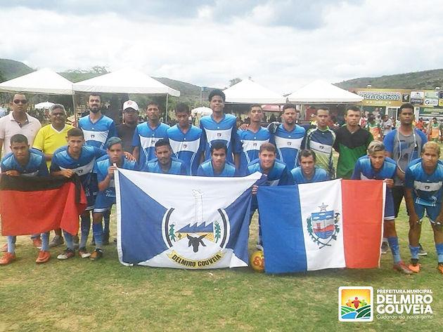 Com apoio da Prefeitura, time de futebol de Delmiro Gouveia vai participar de Interestadual