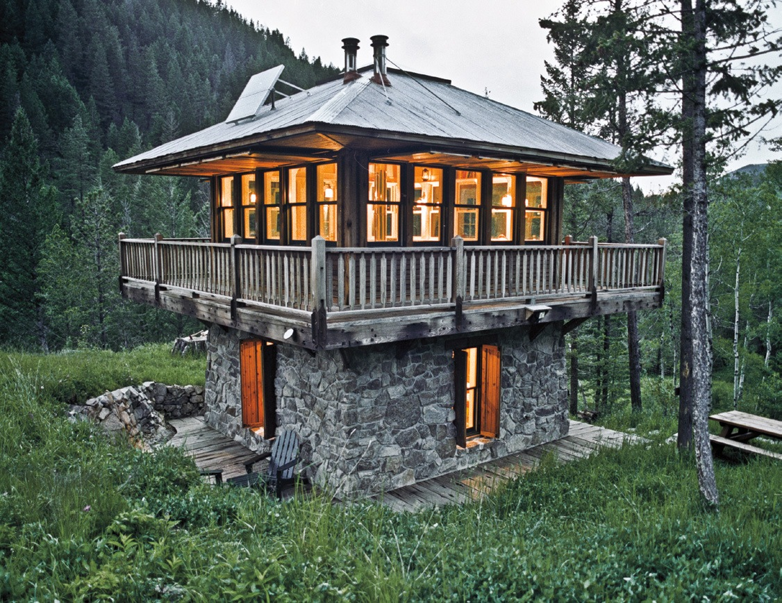 Perfect Living In A Tiny House So Small And Adorable Probably Not Throughout Decorating
