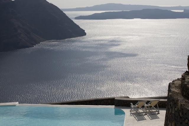 alojarse en Santorini