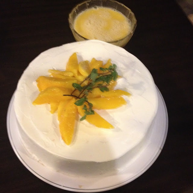 Twisted Pavlova cake at Gayuma ni Maria Restaurant