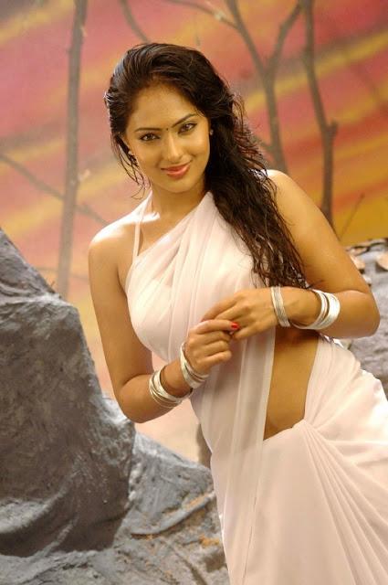 Telugu actress Nikesha Patel hot scenes navel show