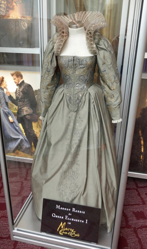 Margot Robbie Mary Queen of Scots Queen Elizabeth I film costume