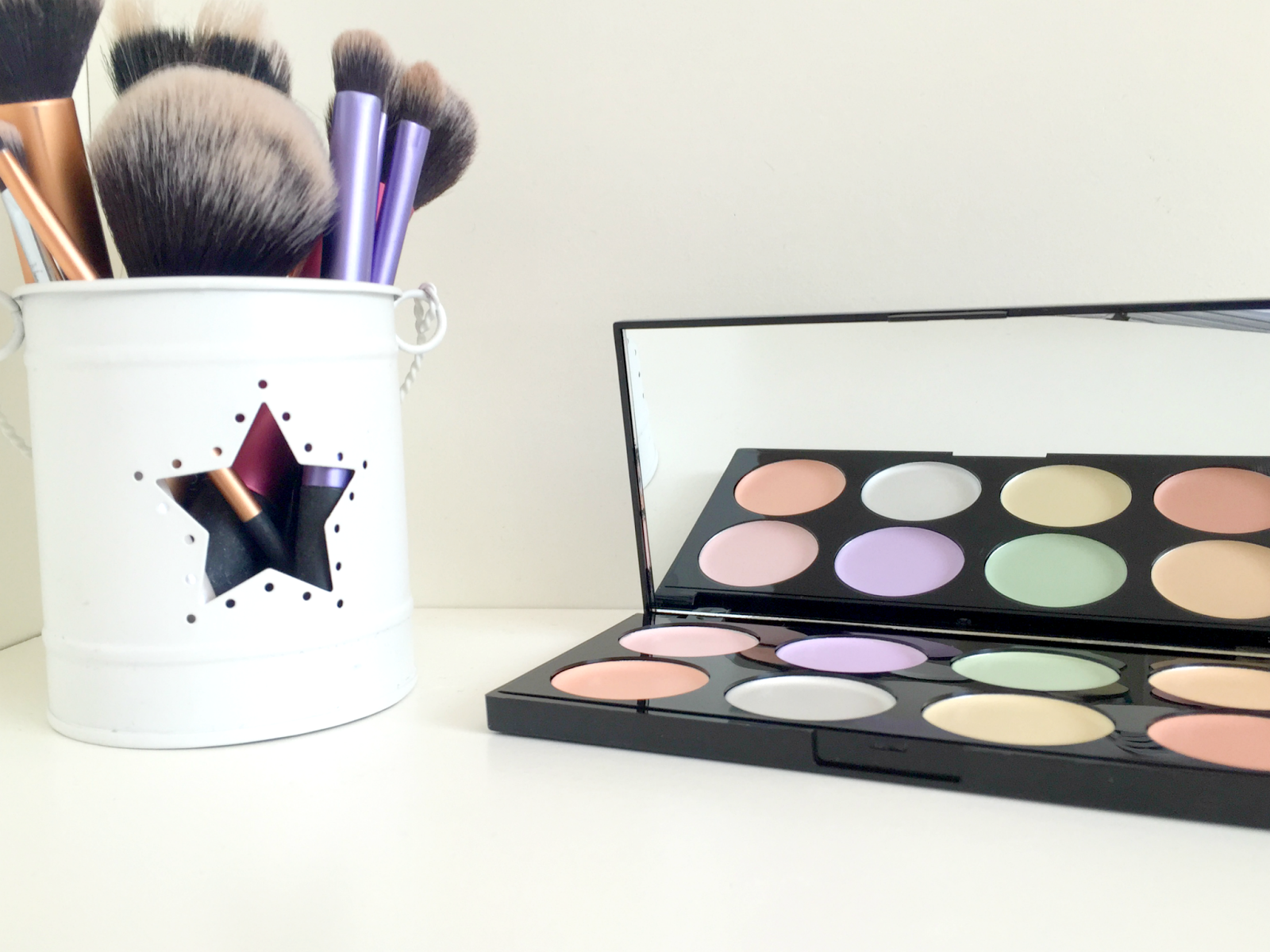Makeup Revolution Colour Correcting Ultra Base Palette Review