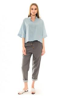 baju-atasan-wanita-linen-blouse-in-dusty-blue