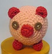 http://ganchitosamigurumi.blogspot.de/2013/12/mister-bacon-el-cerdito-que-tu-tambien.html