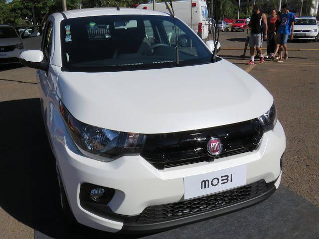 Fiat Mobi Branco Alaska