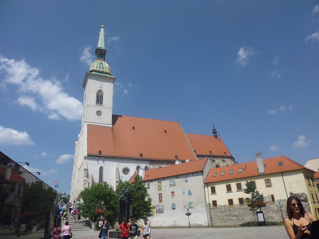 Catedral de San Martín (Bratislava) (@mibaulviajero)