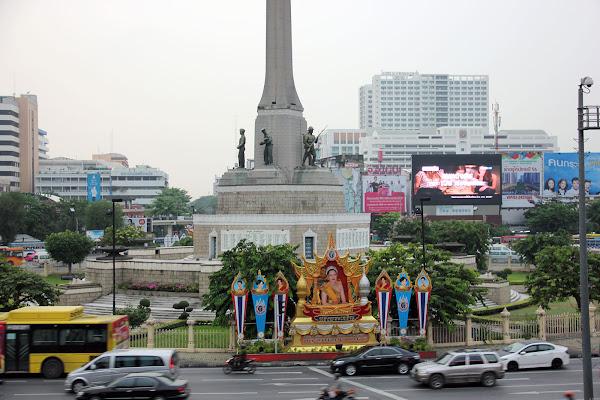 Monumento a la Victoria - Victory Monument Bangkok