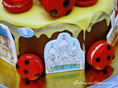 drip cake Paris con macarons