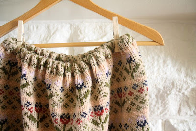 30 Creative and Cool Ways To Reuse Old Sweaters (35) 32