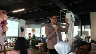 dr. Boy Abidin, SpoG memberikan penjelasan tentang kelainan kromosom