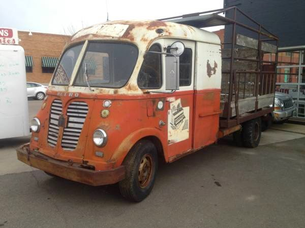 Just A Car Guy: IH Metro vans for sale at 1500 a piece in