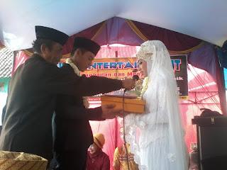 Tips Menyelenggarakan Resepsi Pernikahan Dengan Biaya Hemat