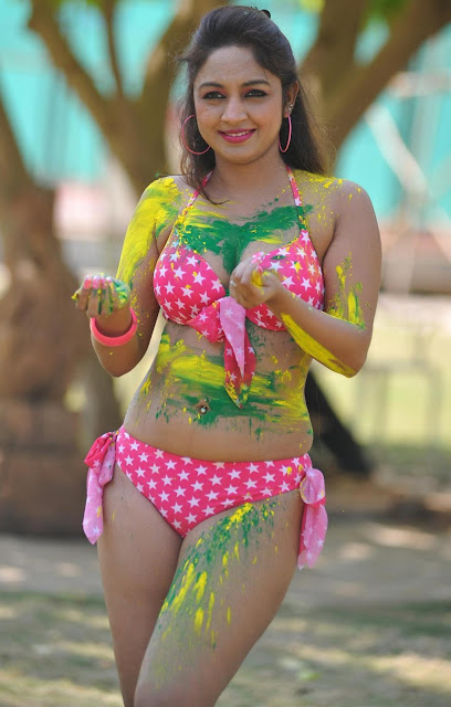 model actress Marissa verma s hot holi photos gallery in red color bikini