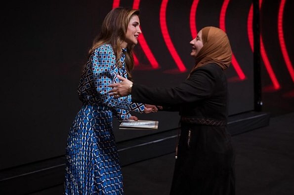 Queen Rania of Jordan wore a new printed satin top and blouse by Zara. 14th Teacher Award and 6th Principal Award