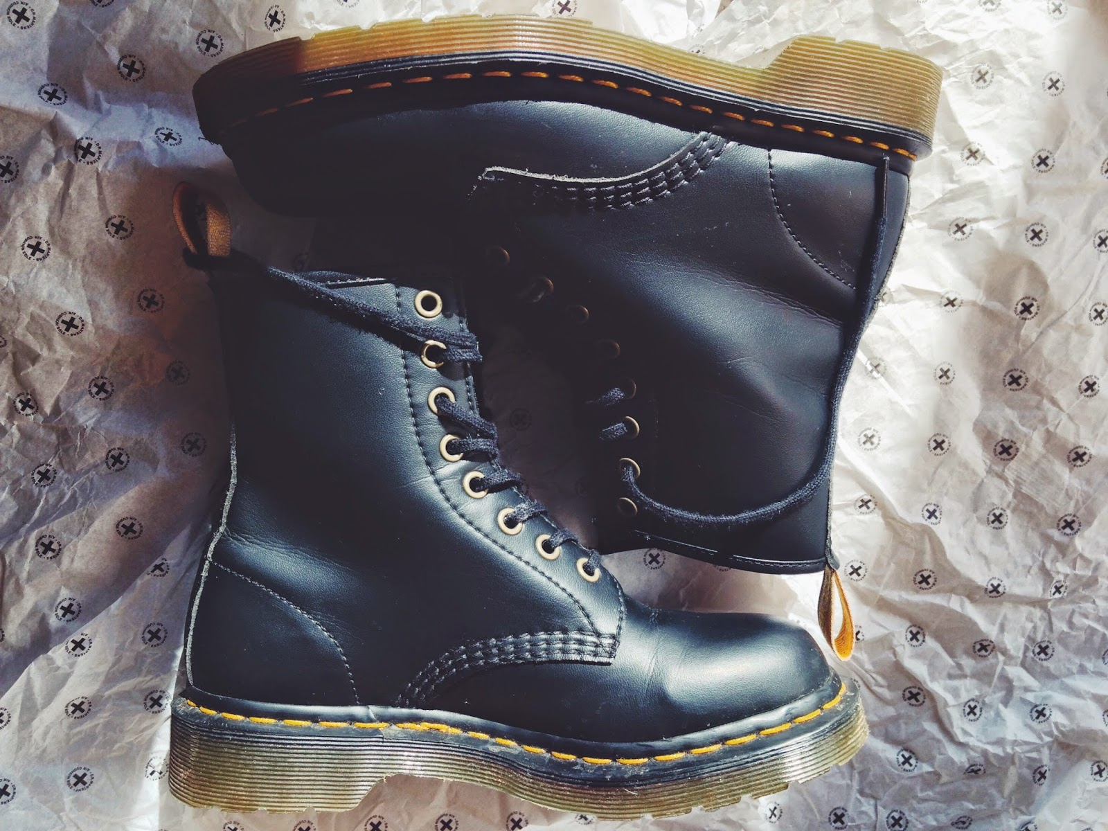 Dr Martens Vegan 1460 Boots Review  2a4866e4d