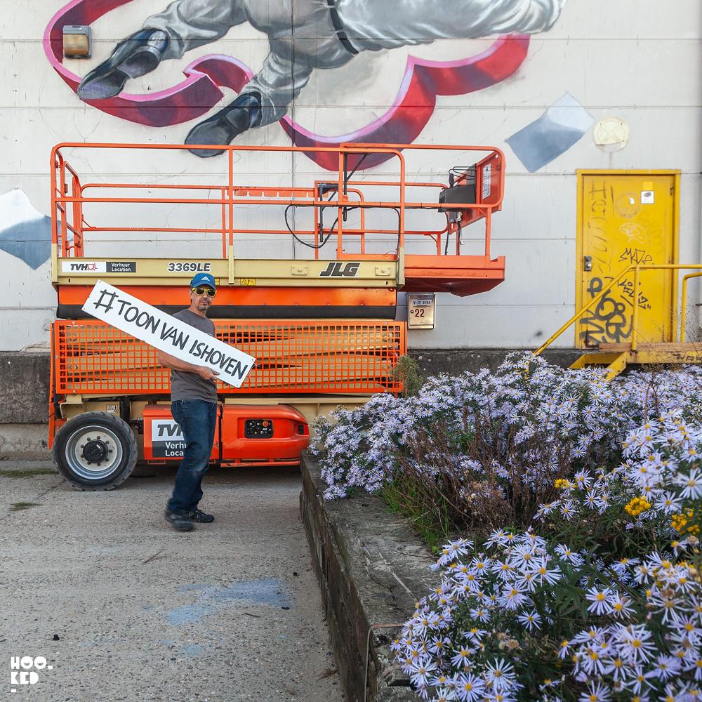 Impressive 3D Street Art Murals in Antwerp