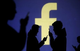 فيسبوك, تقوم, تُسجل, الاصوات, المحيطة, بالهواتف