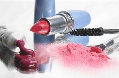 Produk Kosmetik Aman Menurut BPOM - Pengetahuan Komposisi Bahan
