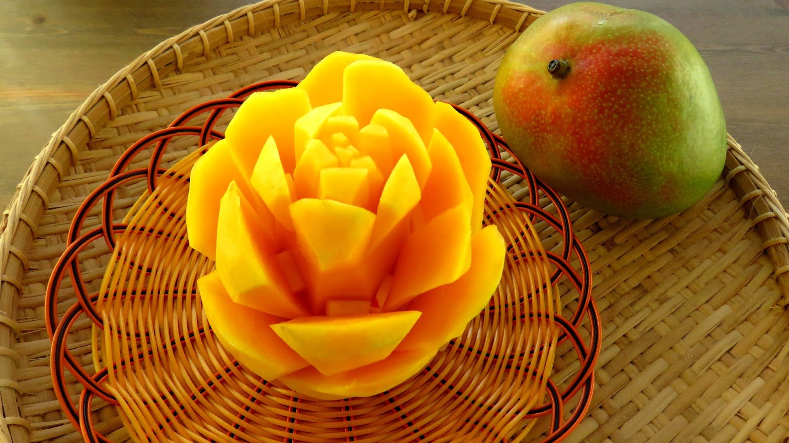 Italypaul art in fruit vegetable carving lessons art in mango