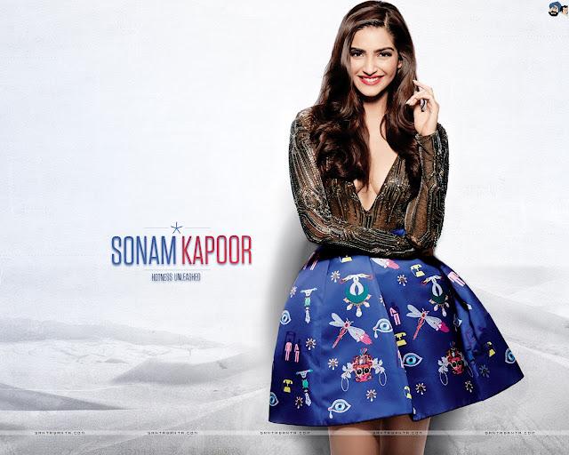 Cute Sonam Kapoor Wallpaper