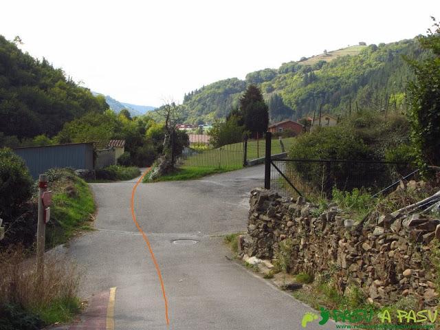 Llegando a Regla de Corias y camino a Corias