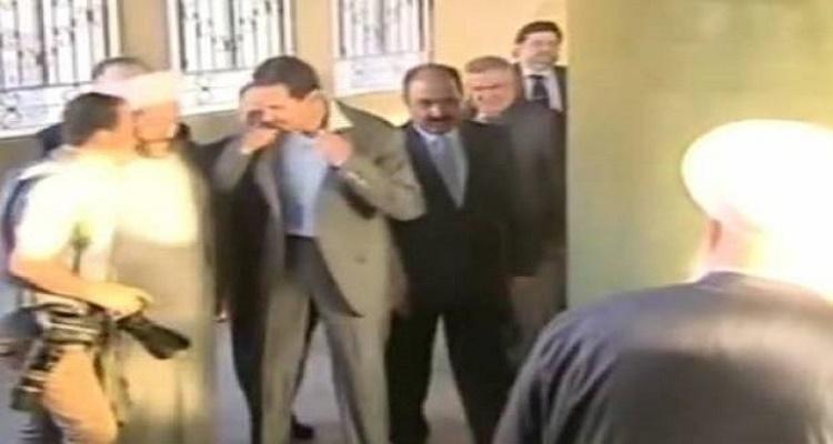 مفاجأة كبرى حصلت لبشار الأسد أثناء صلاة عيد الإضحى و لم تتفطن لها وسائل الإعلام