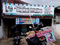 Harga spanduk per meter di Digital Printing Malangbong Garut Hub. WA 085 213 974 463