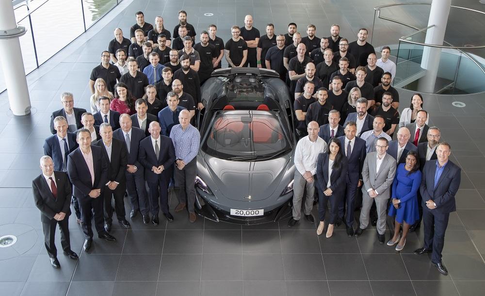 Xuất xưởng chiếc siêu xe McLaren thứ 20.000
