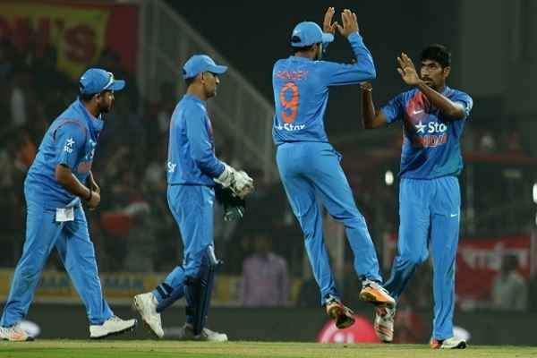 team-india-win-second-t-20-match-from-england-in-hindi