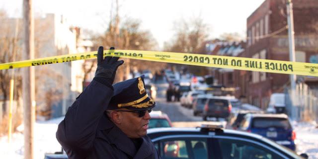 Un hombre celoso mata a tiros a cuatro personas tras advertirlo en Facebook